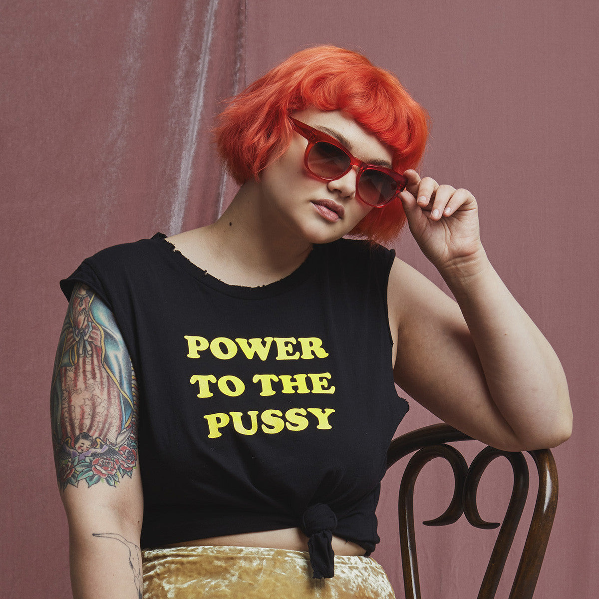 POWER TO THE PUSSY MUSCLE TEE