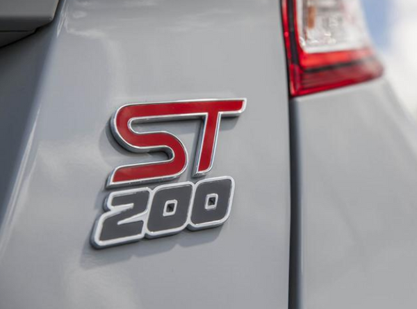 "Ford Fiesta ST200 ""200""' UK Badge  *FREE SHIPPING*"