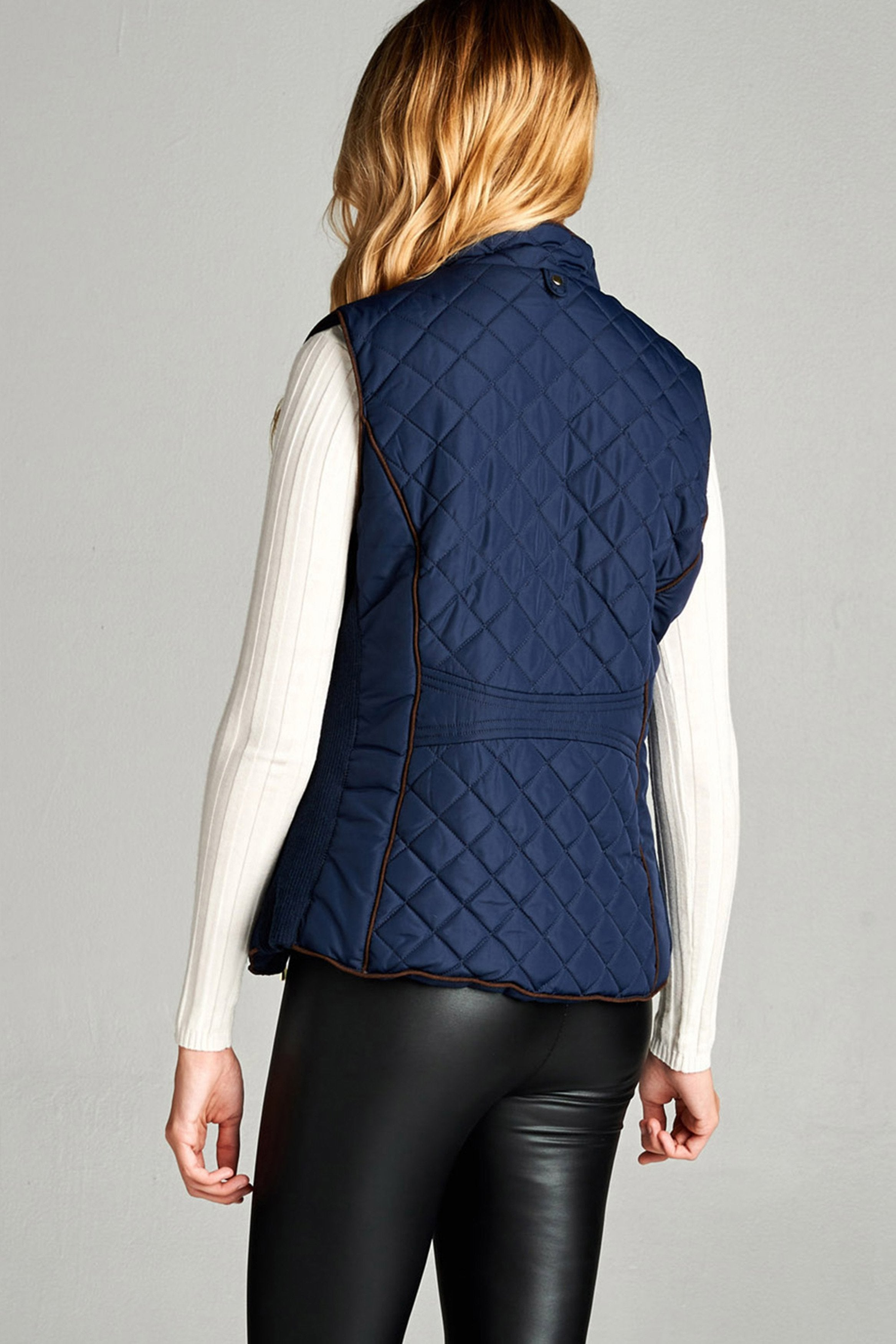 Khanomak Women's Plus Size Faux Shearling Lined Quilted Vest