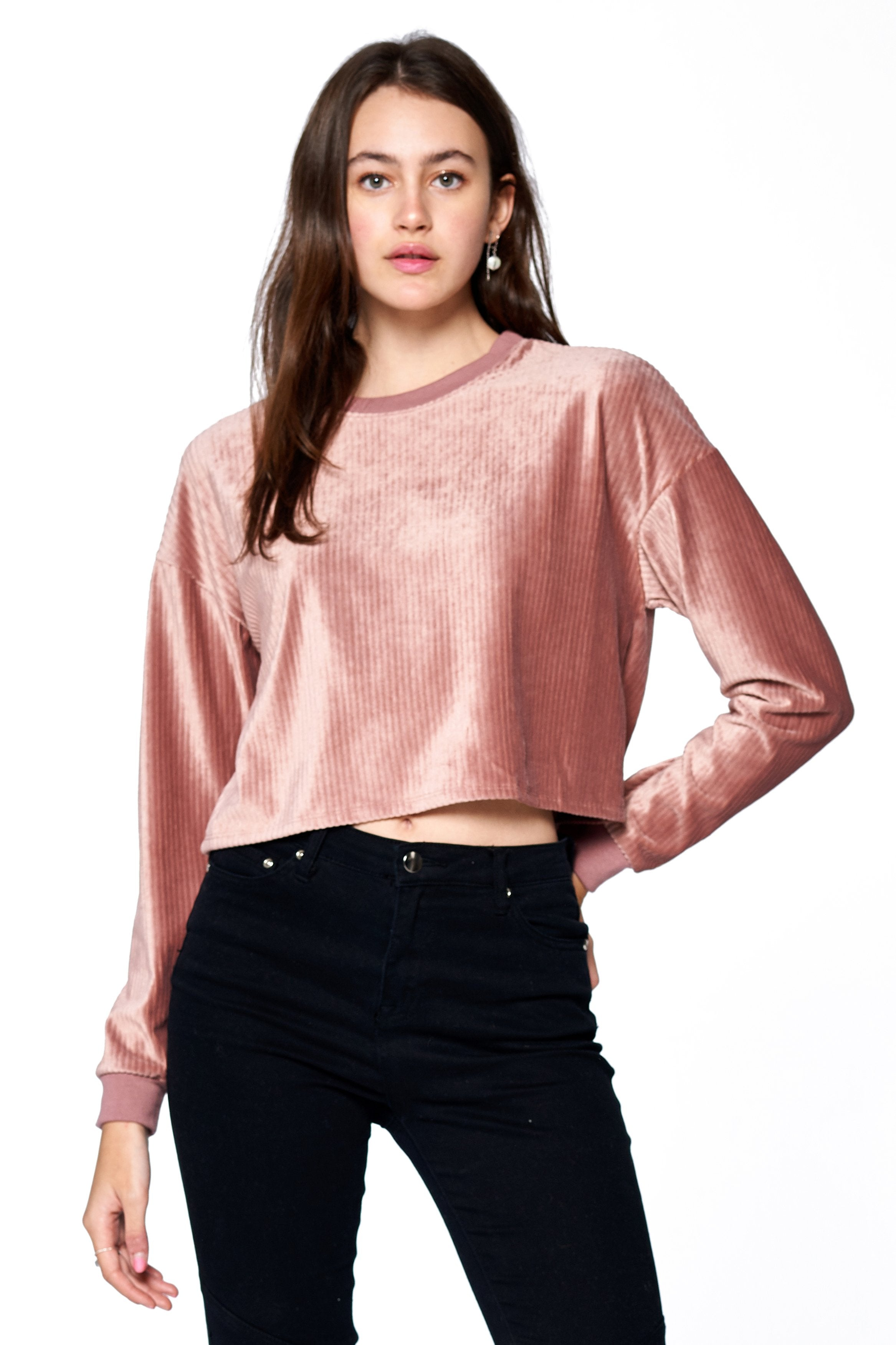 Khanomak Women's Long Sleeve Velvet Ribbed Crewneck Sweater Top