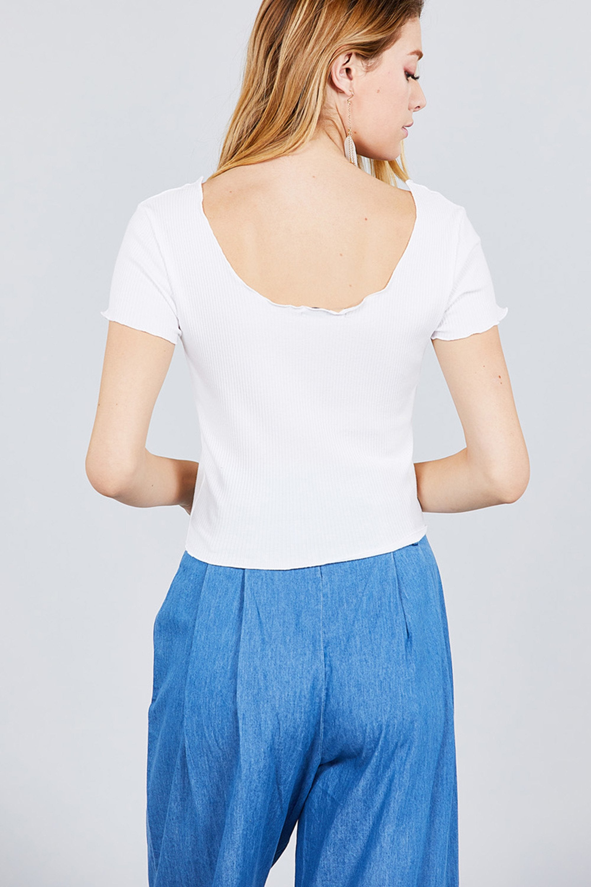 Women's Double Scoop Neck With Button Rib Lettuce Hem Crop Top