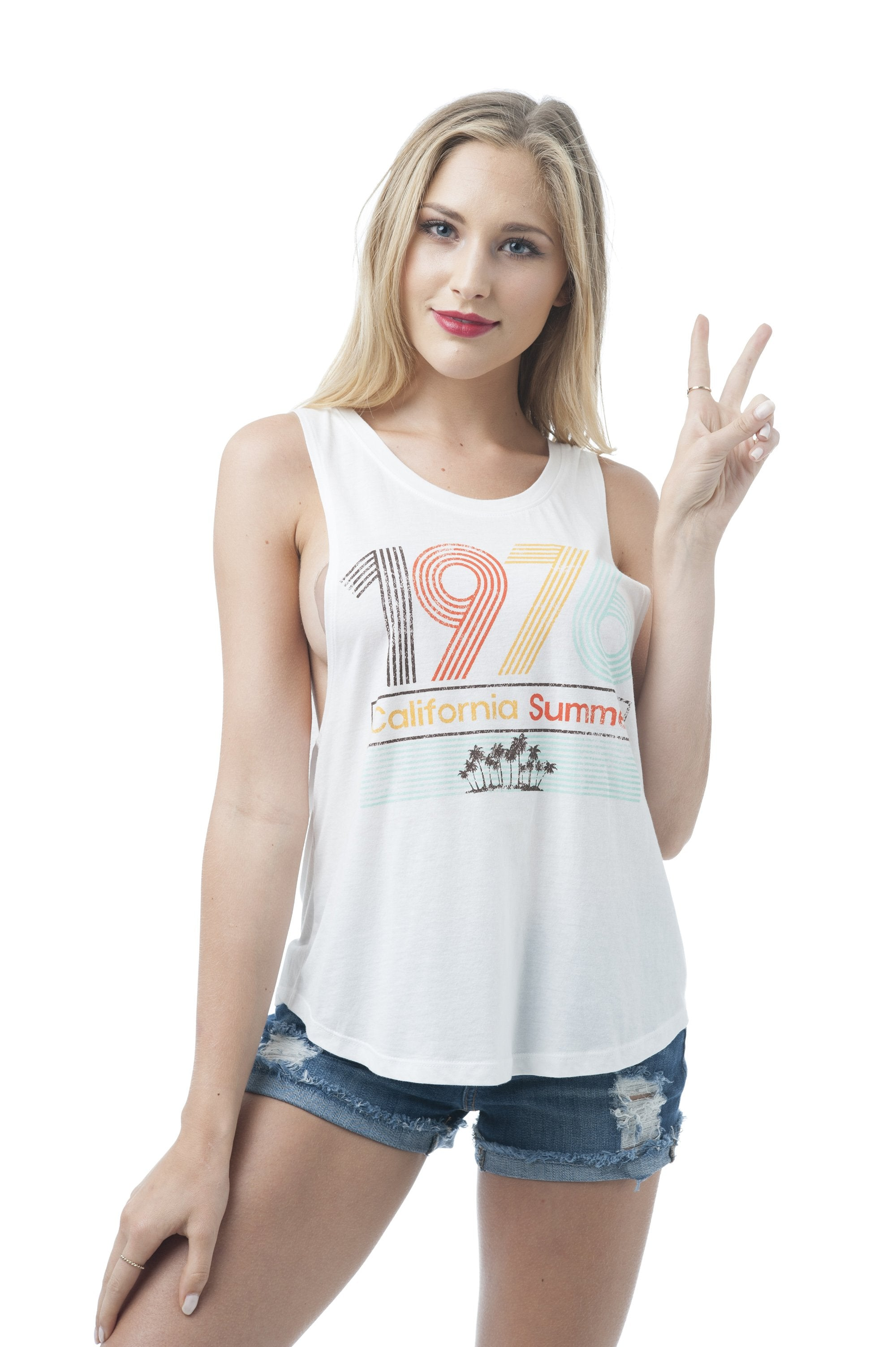 Khanomak Women's Sleeveless Shirt Tank Top Graphic Tee's 1976 California Summer
