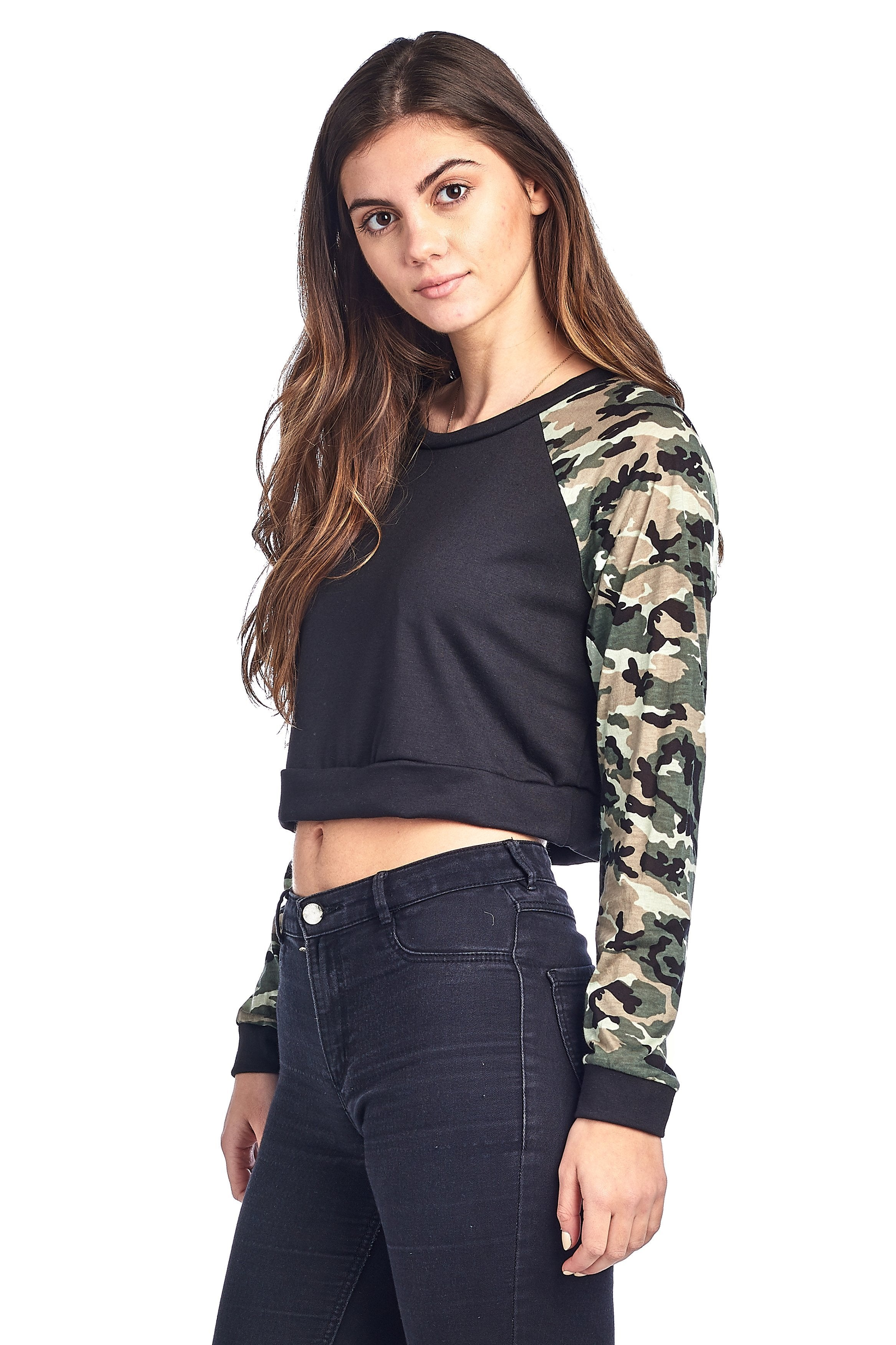 Long Sleeve Round Neck Camo Contrast Sleeves Cropped Sweatshirt Top