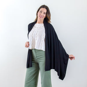 Travel Wrap and Scarf for Women Black Cashmere | HappyLuxe