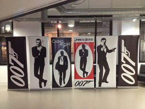 007 roll up banner