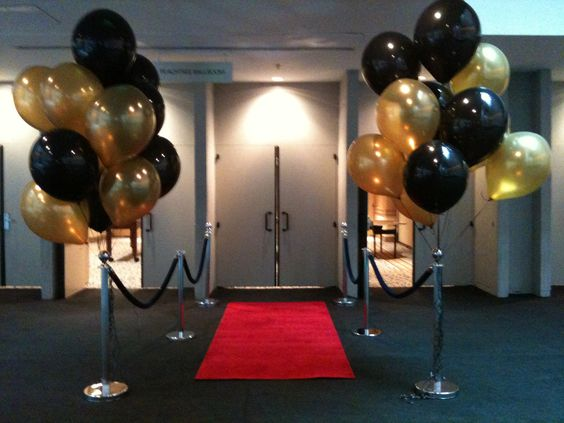 Gold and Black Balloon Bouquet