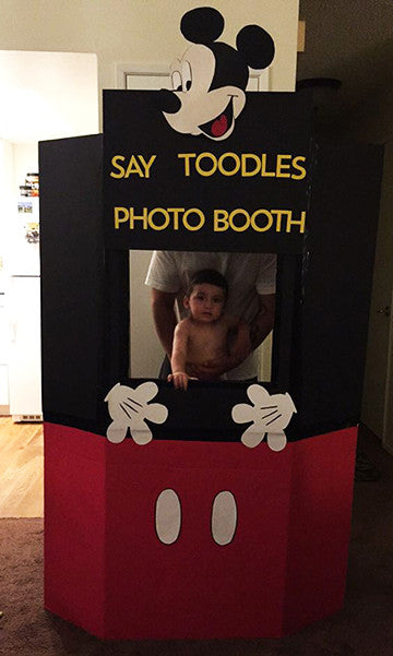 Micky Mouse Photo Booth