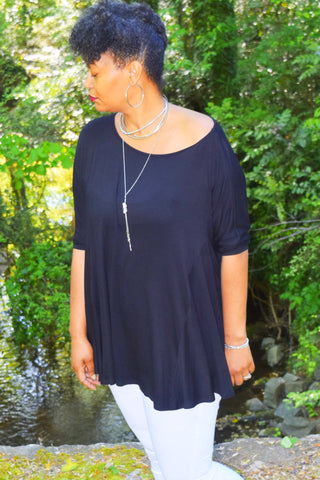 The Closet Refresh: The Black Timeless Scoop Neck Flowy Tunic