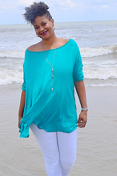 The Closet Refresh: The Timeless Scoop Neck Flowy Tunic
