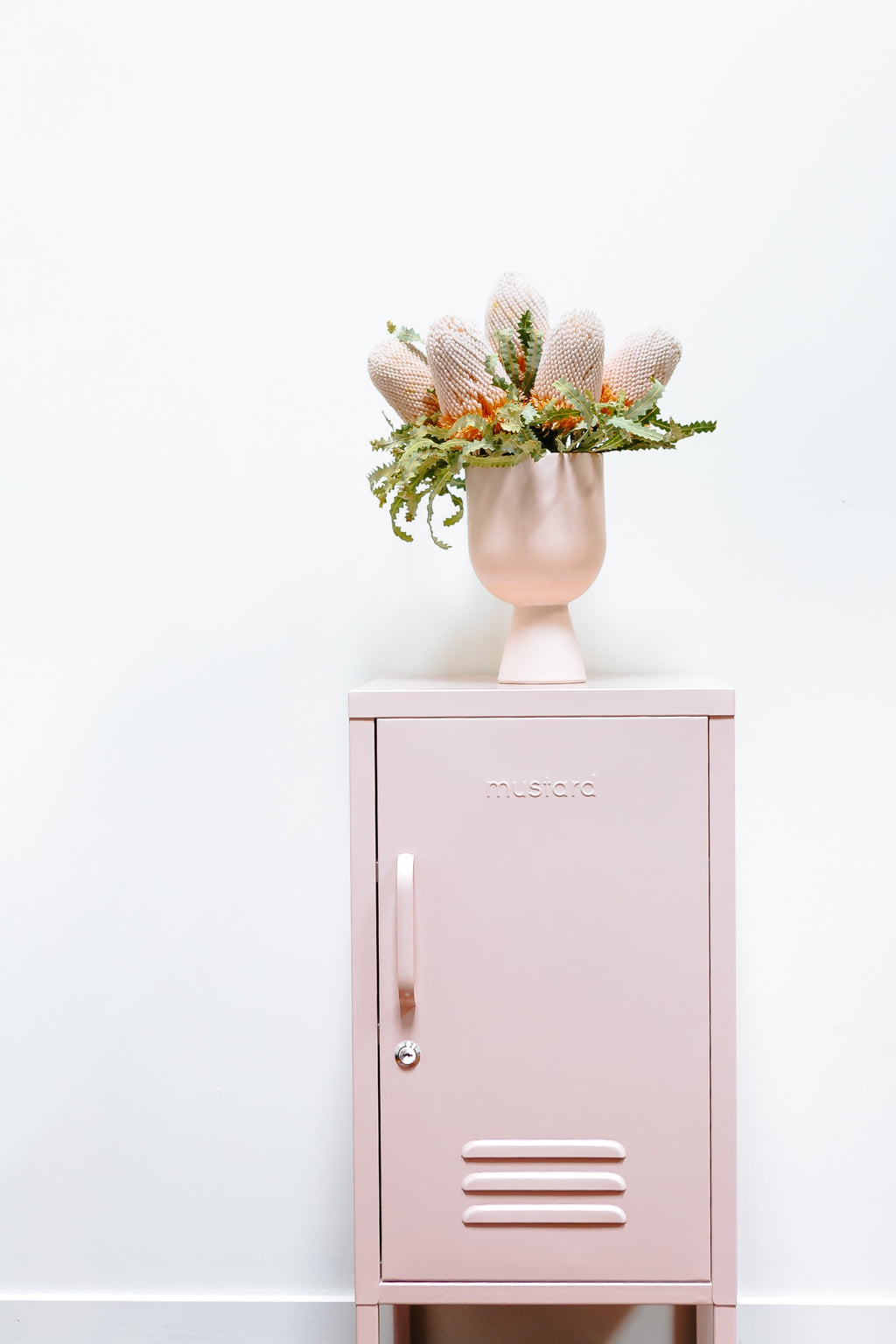 Shorty locker in blush pink - right hand opening