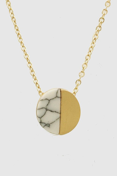 Marble Cream Necklace