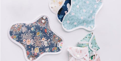 Assortment of reusable cotton pads