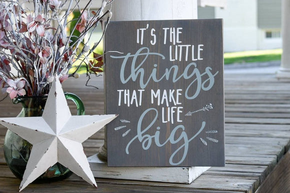 FREE SHIPPING!!!   It's the little things that make life big wood sign I Its the little things  I  baby shower gift