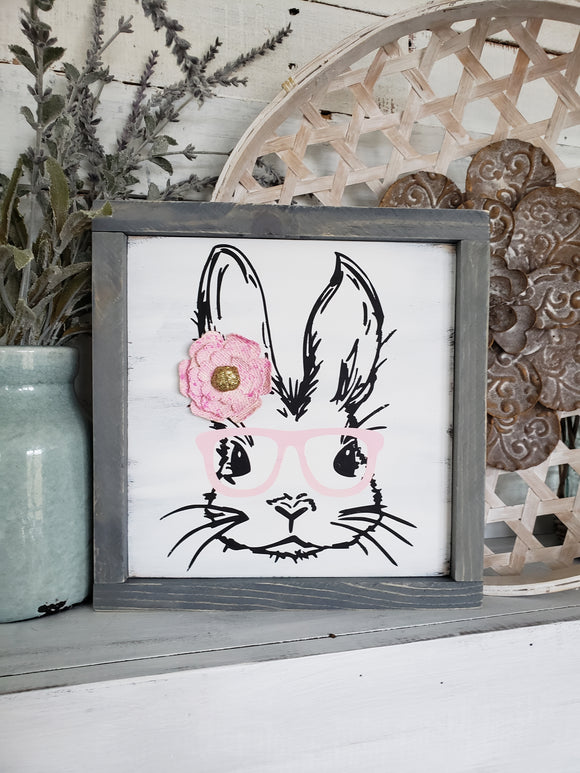 FREE U.S. SHIPPING!!!    Bunny face wood sign. I  Easter