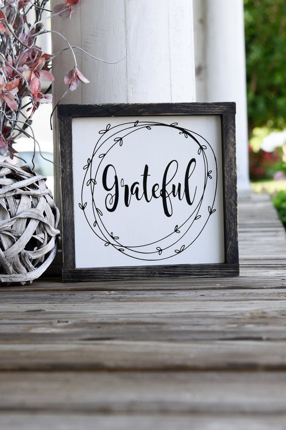 FREE SHIPPING!!!   Grateful wood sign  I  Grateful sign  I  Grateful  I  Black and white  I  Farmhouse  I  Farmhouse decor