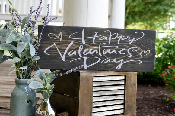 FREE SHIPPING!!!   Happy Valentines Day wood sign  I  Valentine sign  I  Valentine decor  I  Home and living  I  Home decor  I   Valentines Day decor  I  signs