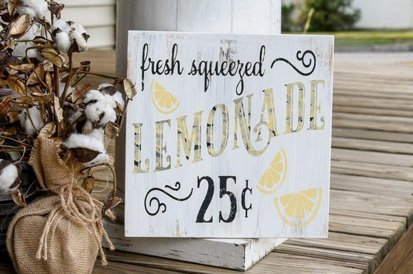 FREE SHIPPING!!!   Fresh Squeezed Lemonade wood sign  I  Lemonade sign  I  Lemonade decor  I   Lemons  I  Wood signs  I  home decor  I  wood wall art  I  signs