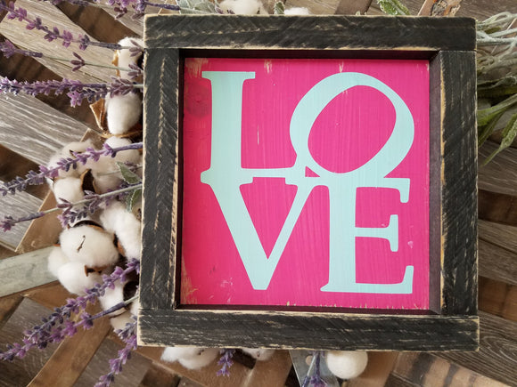 FREE U.S. SHIPPING!!!   Love wood sign  I  Wedding decor  I  Valentine sign