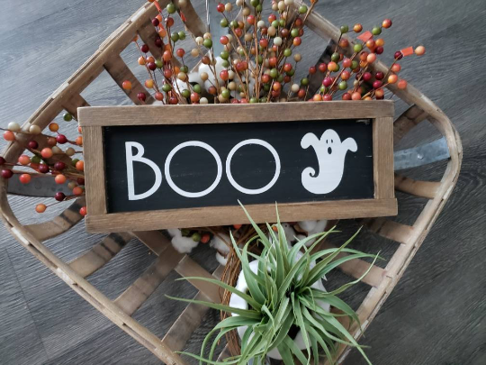 FREE U.S. SHIPPING!!!   Boo wood sign  I  Boo  I  Boo sign