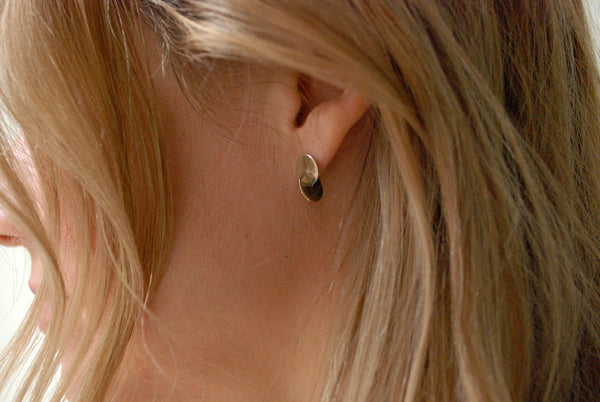 SAMMA Primer Stud #6 minimal silver bronze earring at Reference Point