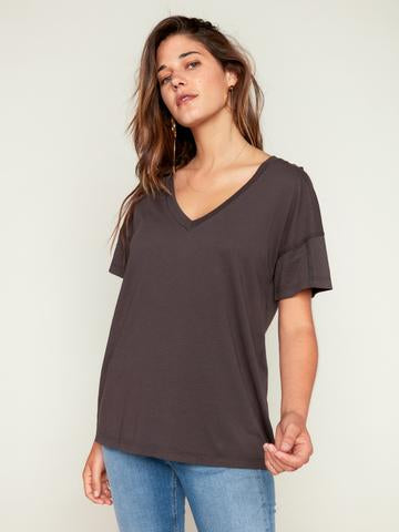 MATE | Asher V Neck