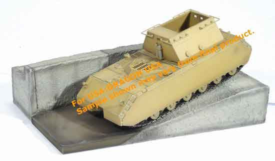 Dragon Models 1/ 72nd Scale Armor  MAUS Super-Heavy Tank, Testing at Kummersdorf  #60325