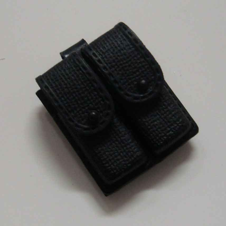 Dragon Models Loose 1/6th Scale Modern Law Enforcement Dbl Pistol Magazine Pouch w/loop #DRL7-P108