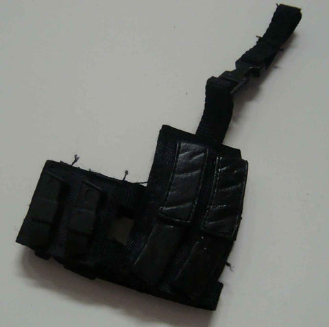 Dragon Models Loose 1/6th Scale Modern Law Enforcement MP5 Dbl Magazine Dropdown w/pistol mag pouch MOLDED #DRL7-P400