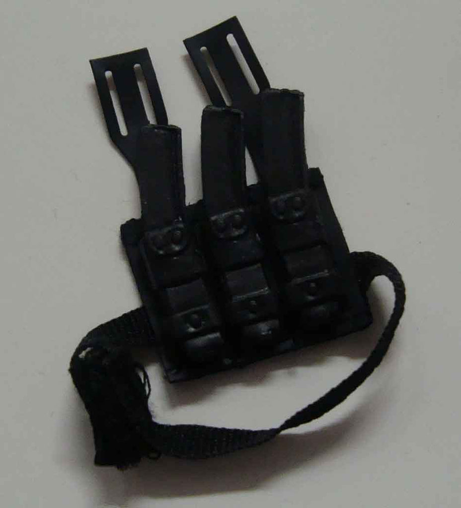 Dragon Models Loose 1/6th Scale Modern Law Enforcement MP5 Triple Magazine Dropdown (Belt Mounted) MOLDED #DRL7-P401