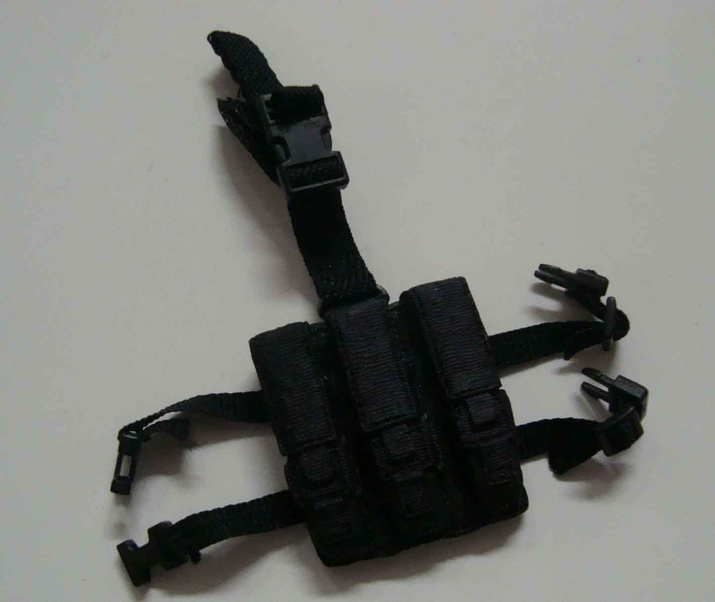 Dragon Models Loose 1/6th Scale Modern Law Enforcement MP5 .40 cal Triple Magazine Dropdown MOLDED #DRL7-P402