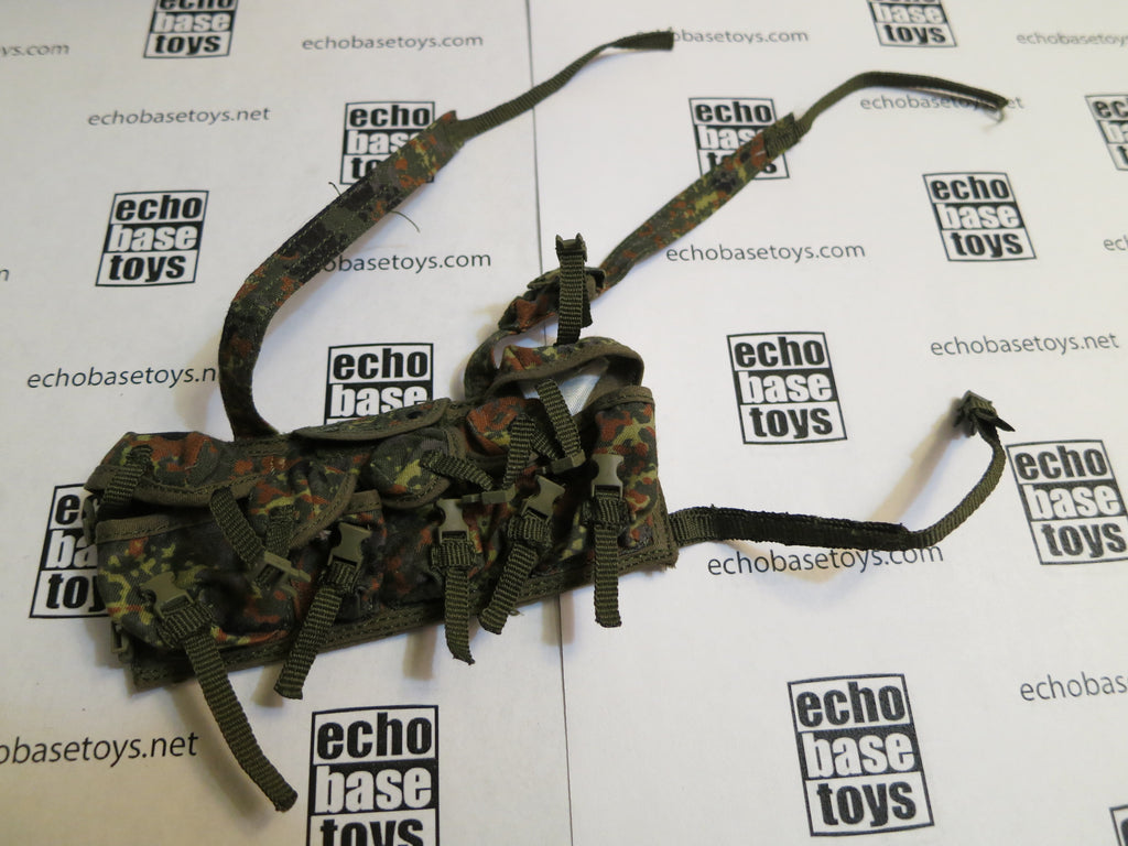 MC TOYS Loose 1/6th German Chest Rig ATXS Style MK1 (KSK,Flecktarn) Modern Era #MCL4-Y400