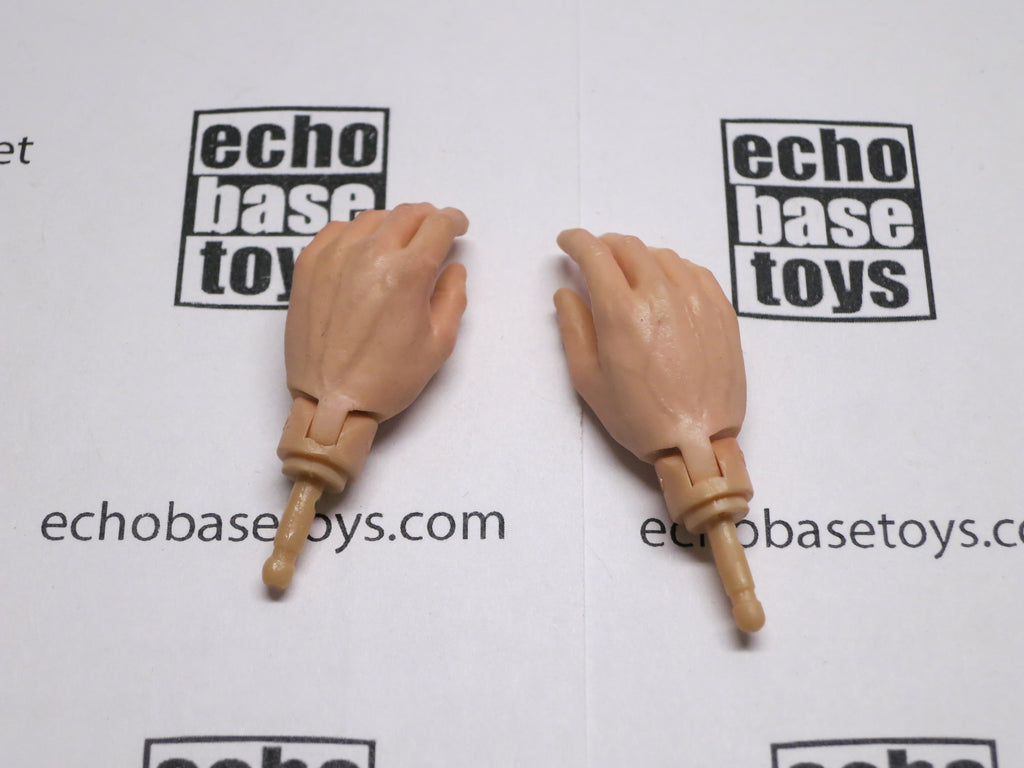 Dragon Models Loose 1/6th Hands (Flesh)(Relaxed Grip)(Light Color)(New Design) #DRNB-H211