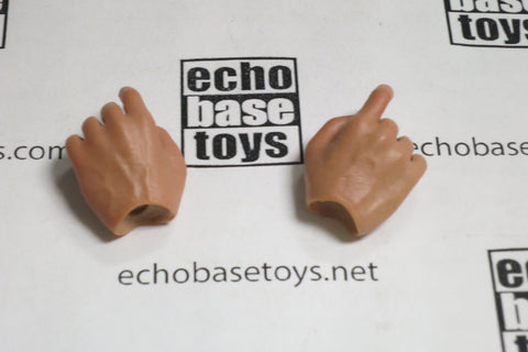 CC Toys Loose 1/6th Scale Hands (Pair,Trigger) #CCT4-HD001