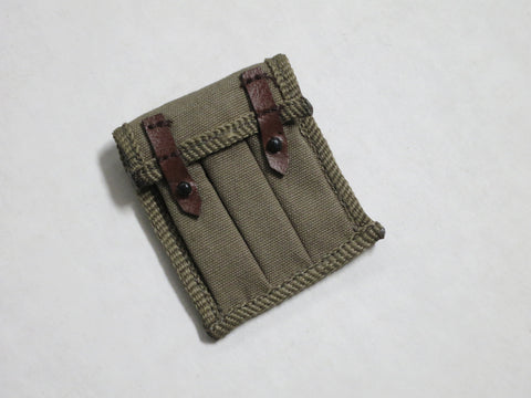 TOYS CITY Loose 1/6 WWII Russian PPSH-41 Ammo Pouch (Fabric, Leather Straps) #TCL5-P100