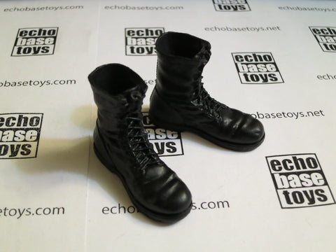TOYS CITY Loose 1/6 WWII German Boots - FJ 2nd Pattern (Black, Plastic) #TCG1-B300