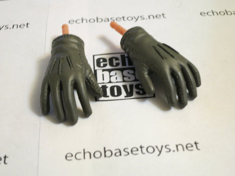 Dragon Models Loose 1/6th Gloved Hands (Dark Tan)(Leather)(Short Cuff)(Bendy) #DRNB-H013