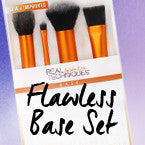 REAL TECHNIQUES POWDER BRUSH (ONLY!)