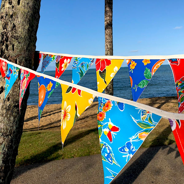 Wedding and Event Bunting - 24 Outdoor Waterproof Flags - Pallu Design