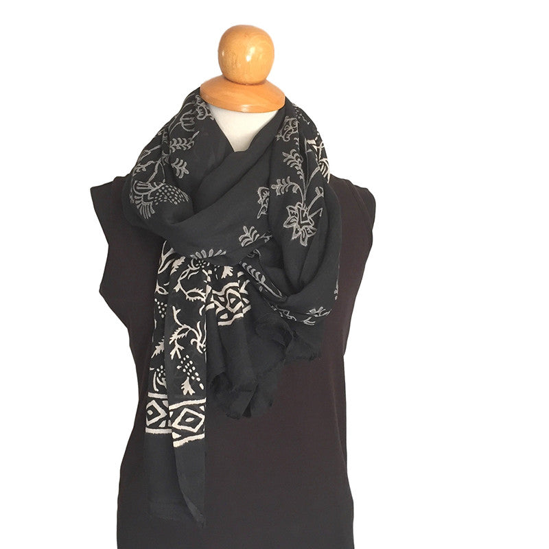 Cotton Voile Scarf - black & white - block printed in Bagru - Pallu Design
