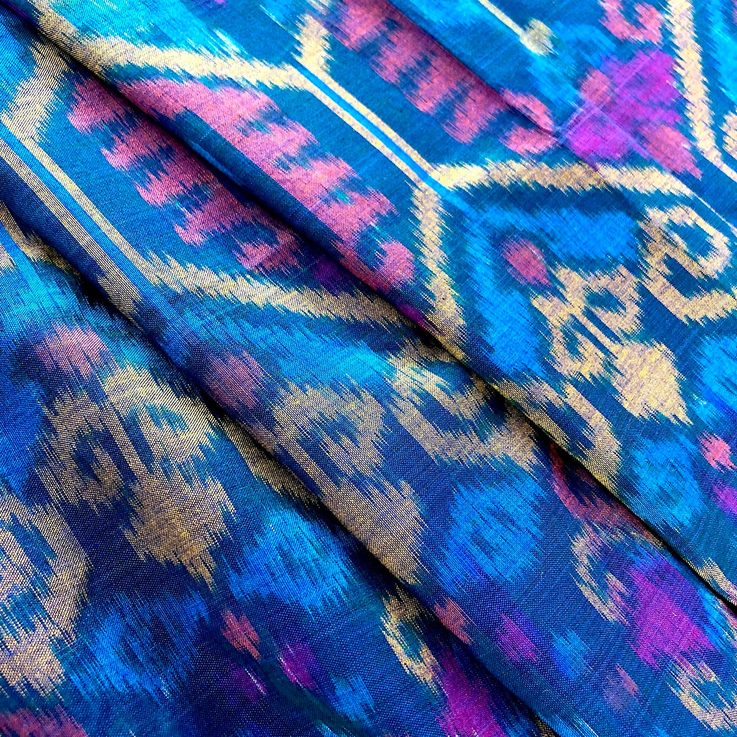 Cotton ikat sarong or decor fabric - Pallu Design