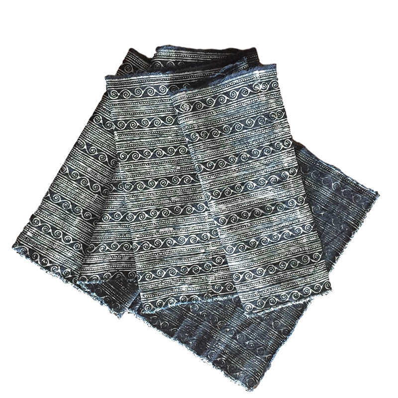 Hmong Fabric - Traditional Indigo Dyed Batik - Wave Motif - Pallu Design