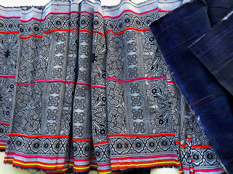 Traditional Vintage Style Hmong Decor Print - 2.85mt - Pallu Design