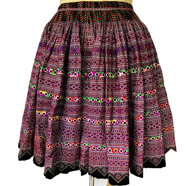 Vintage Hmong Skirt - cross stitch and applique 4.5mt - Pallu Design