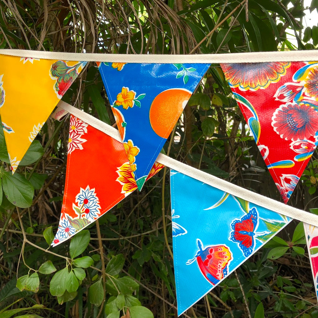 Bunting - Mexican Oilcloth Outdoor Flags 3 mt - Pallu Design