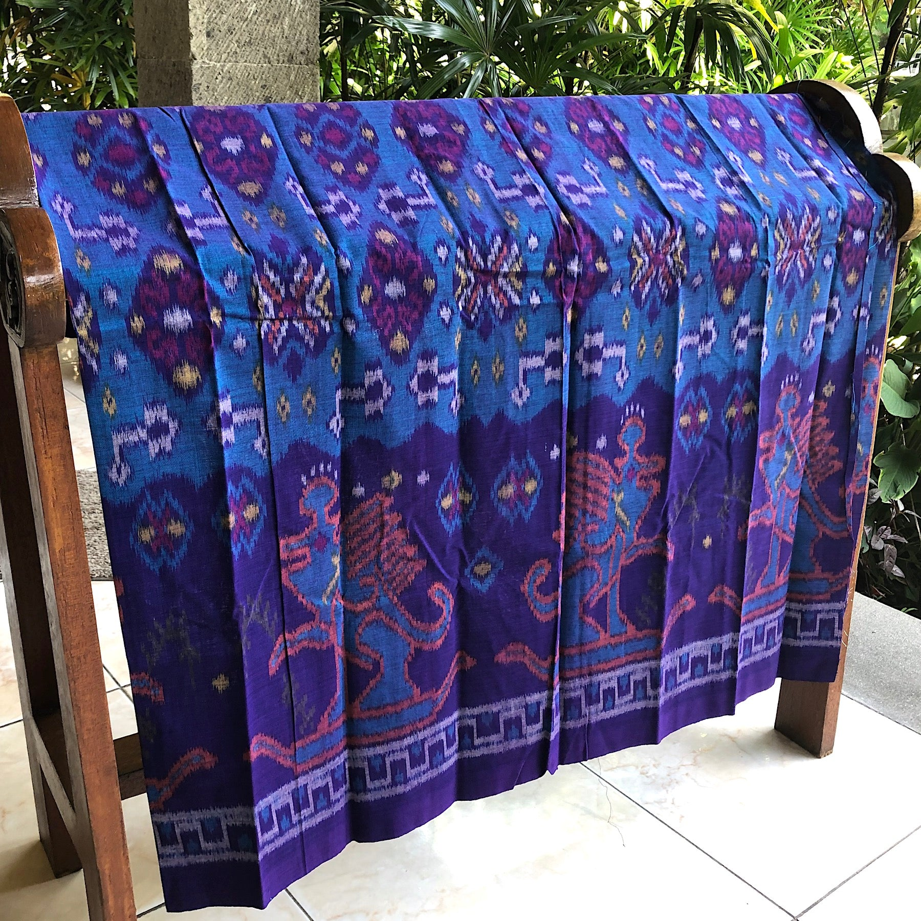 Hand woven cotton ikat sarong - Pallu Design