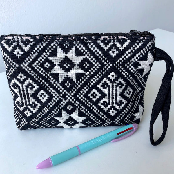 Small Hand Woven zip pouch - Black and White Star - Cotton - Pallu Design