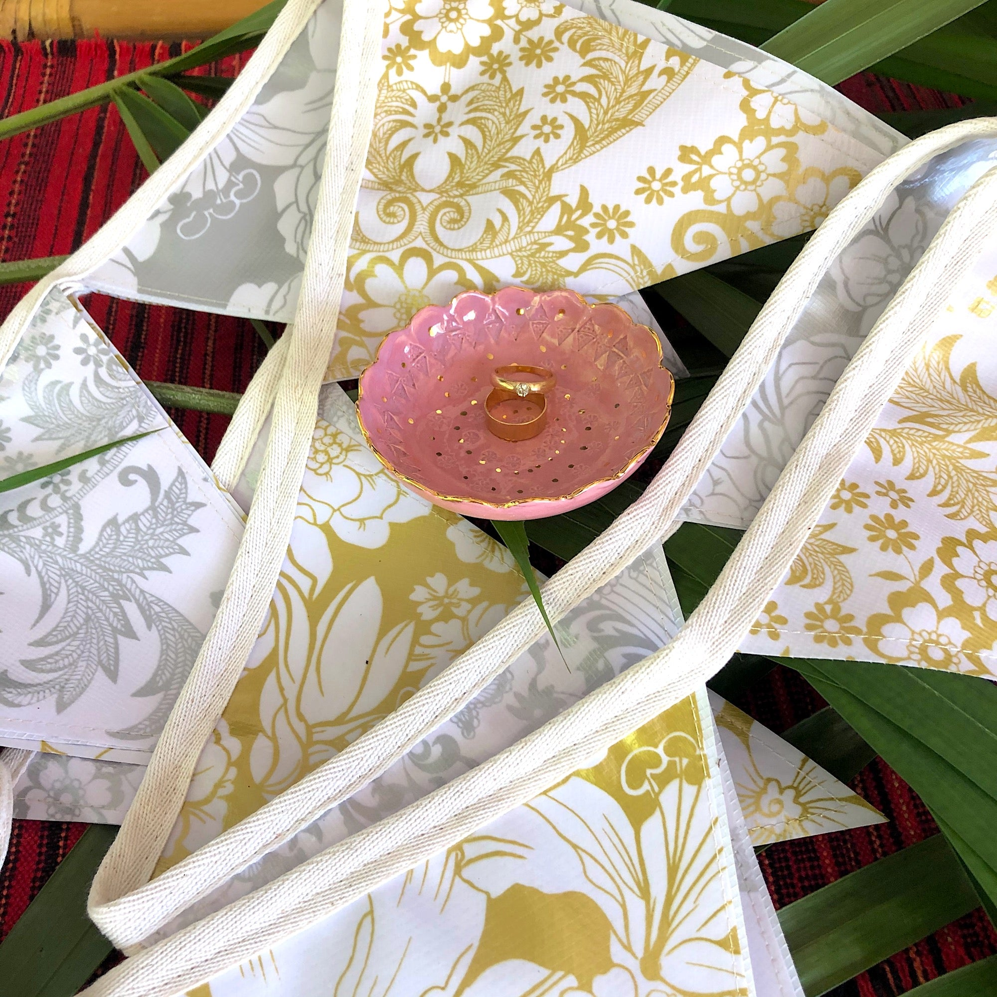 3 mt Silver and Gold Wedding Bunting - Outdoor Party Garland - Pallu Design