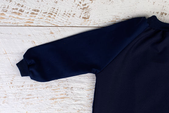 Long Sleeve art smock in navy blue