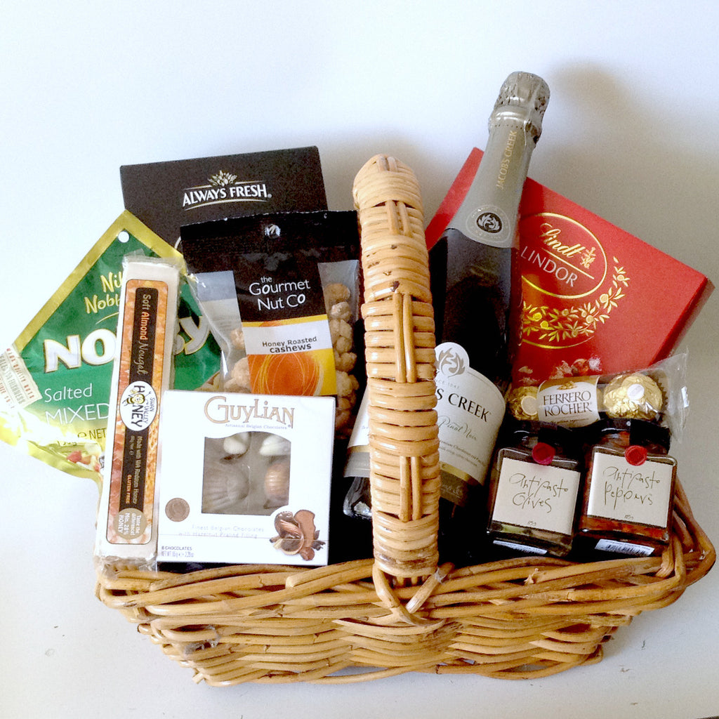 Jacobs Creek Sparkling Gift Basket