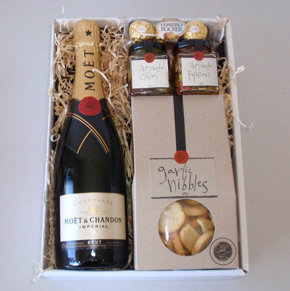 Moet & Chandon Antipasto Gift Box